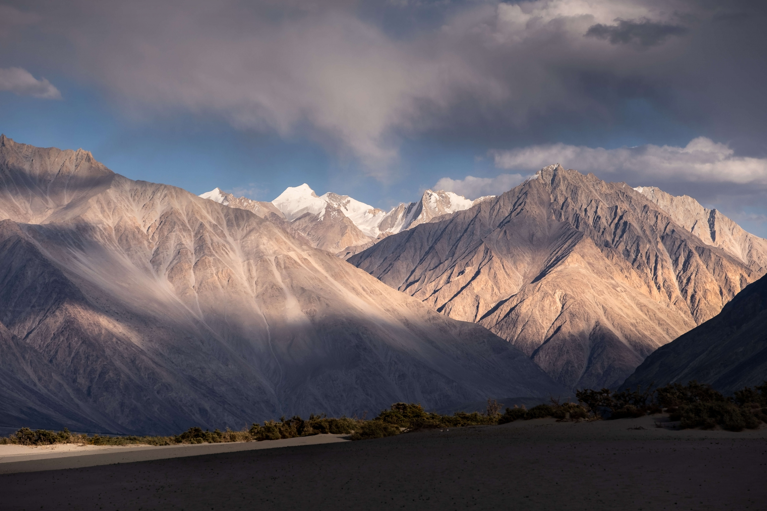 Nubra Valley mountains